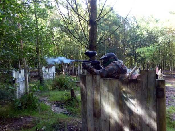 green player defending sniper fire